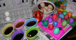 Making color and pretty eggs.